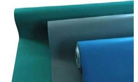 משטחי שולחן וריצפה