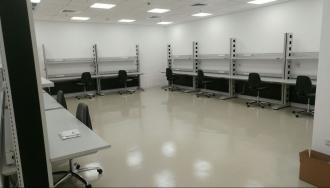 פרויקט ארונאוטיקס- שולחנות וכיסאות