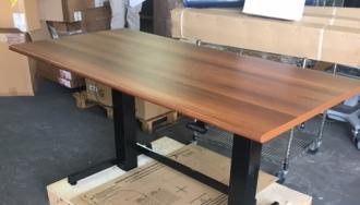שולחן ארגוטרון פלטה אגוז