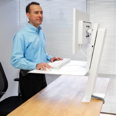 עמדה משולבת WorkFit SR למסך בודד